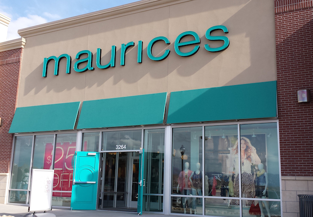 Maurices Store Front (1)